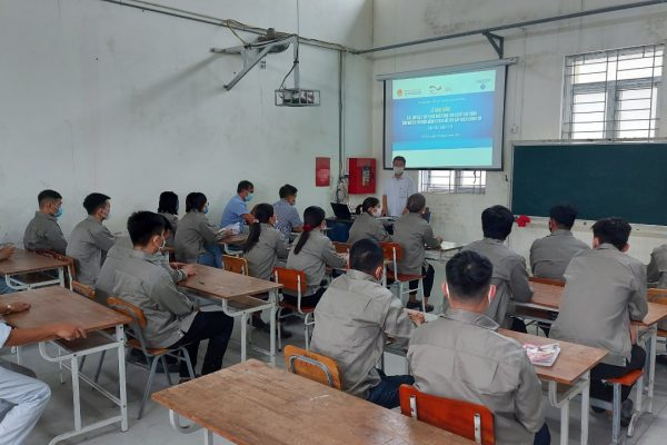 Students at the opening ceremony of Automotive repair class