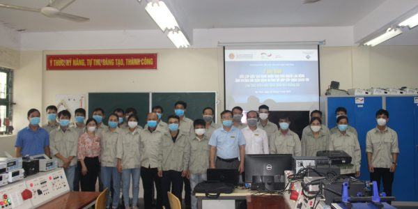 Opening ceremony of air conditioning repair class at Vietnamese-German Technical College of Ha Tinh