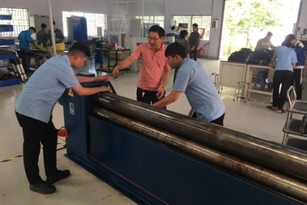 The teacher was instructing students to do the maintenance according to the plan with 5S method